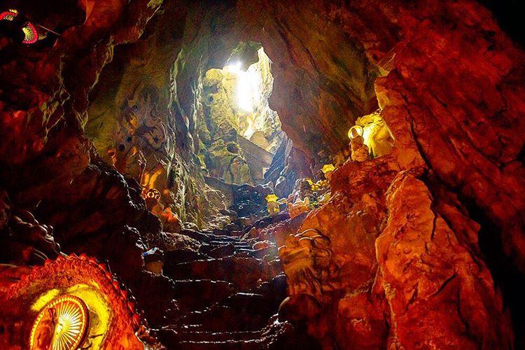 17332454 1241828845865158 4104615470722711552 n 베트남 다낭여행 마블마운틴(오행산) 천당과 지옥동굴