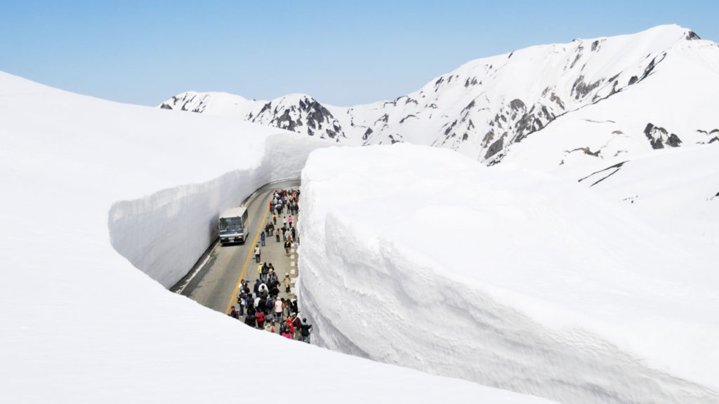 Tateyama Kurobe Alpine Route2 1024x576 일본 북알프스의 눈계곡, 다테야마 구로베 알펜루트 개통