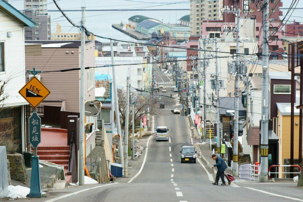 otaru loveletter 1024x682 영화 러브레터 속으로. 홋카이도 오타루역 앞 풍경과 언덕길