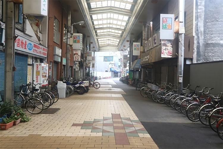 도쿄 산야 이로하회 상점가2 도쿄 산야(山谷) 도시빈민가와 일본의 3대 빈민거리
