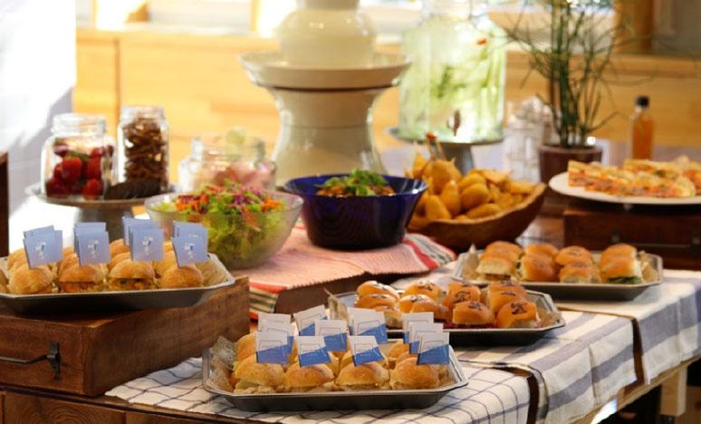 스누피 레스토랑 피너츠 다이너 스누피 레스토랑 피너츠 다이너, 마린앤워크 요코하마에 오픈