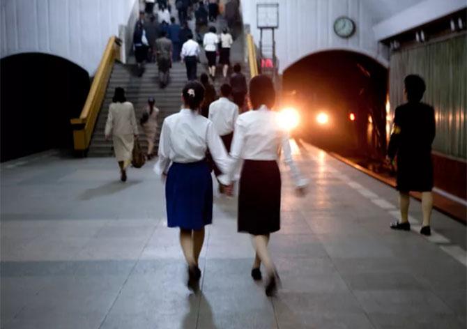 북한사진4 촬영이 금지된 북한풍경을 찍은 여행 사진작가의 작품