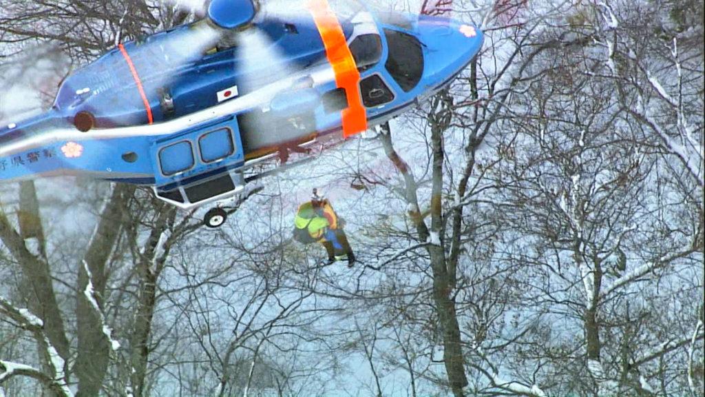 조난 등산객 구조 방재헬기 1024x576 산에서 조난당한 등산객 구조 구급헬기 유료화