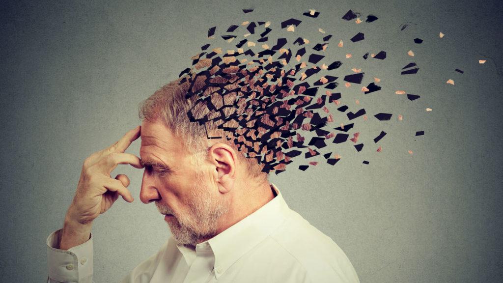 치매환자 1024x576 탄산음료 알츠하이머 발병 위험성 30%증가! 치매예방 및 치료법