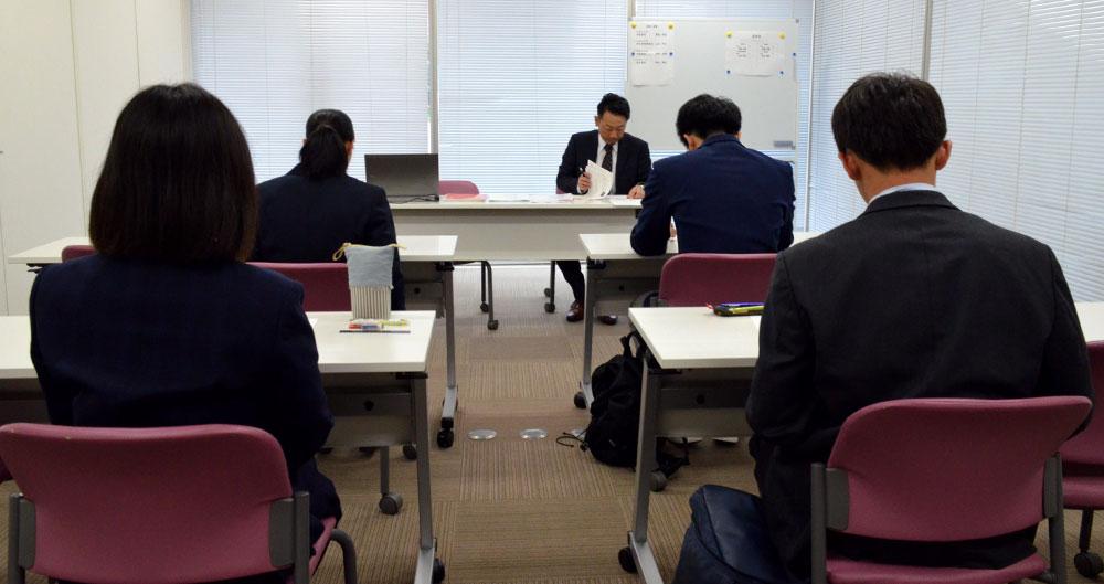 고3 취업활동 일본 고3 학생들의 취업활동 본격 스타트