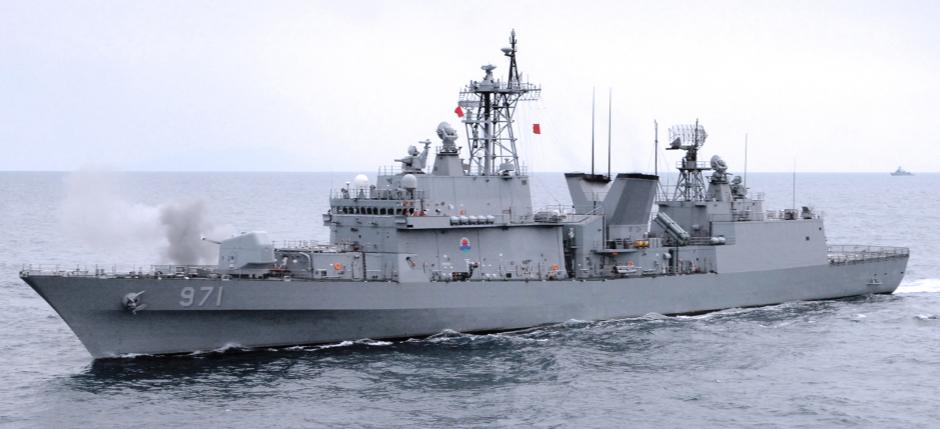 광개토대왕 구축함 사격관제 레이더 P1초계기 조준과 일본의 반론! 우발적 사고 가능성