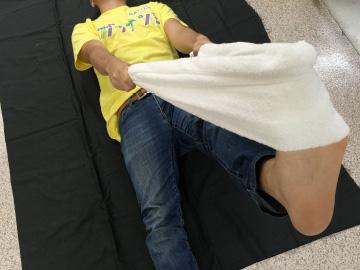 타올3 허리통증 완화! 요통에 좋은 4가지 스트레칭 및 숙면 베개 만들기