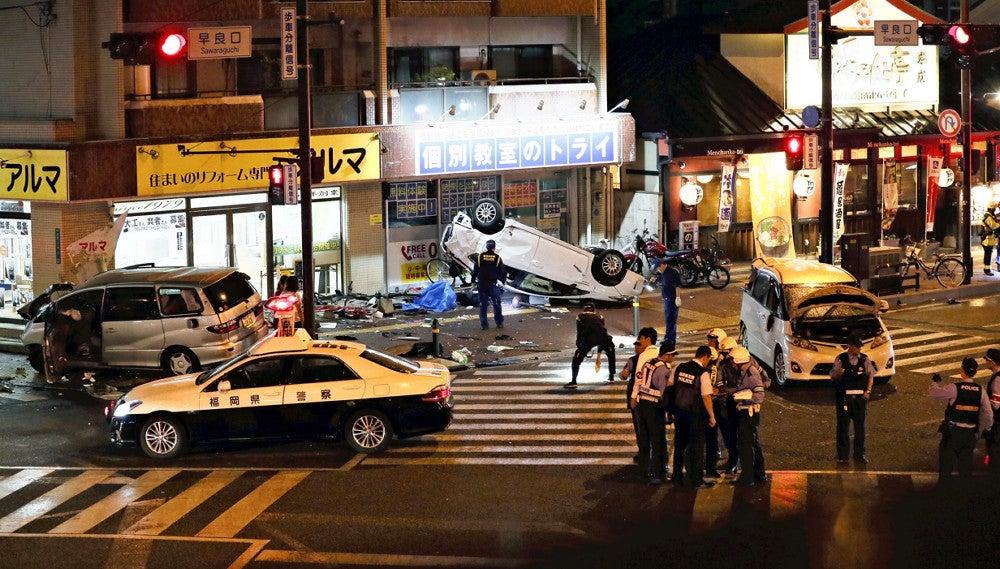 고령운전자 역주행 후쿠오카 80대 고령운전자의 역주행 폭주! 10여명 사상