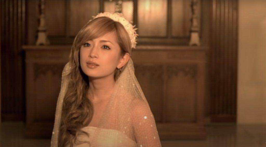 hamasaki 1024x567 미혼의 40대 가수 하마사키 아유미 둘째 임신! 2일 생일에 온라인 공연