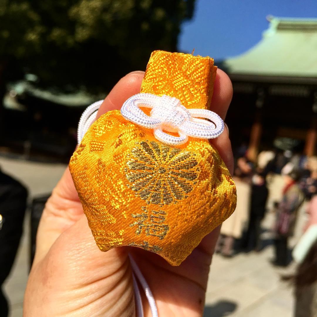 16110366 1004940309608070 1212962750813175808 n 도쿄 메이지신궁의 행복을 부르는 부적, 오마모리 후쿠모리(福守)