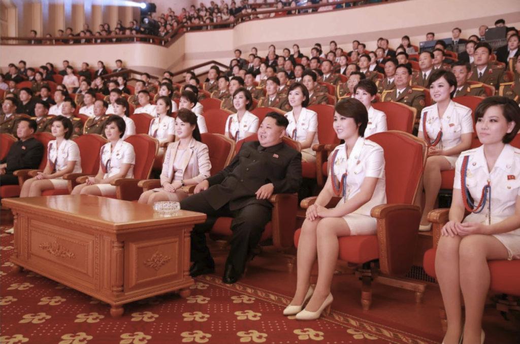 north korea girls 1024x677 북한 기쁨조의 실체 사진 동영상   선발절차 및 외모기준