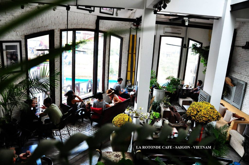 La Rotonde Saigon 1024x680 베트남 호치민 맛집 카페 La Rotonde Saigon 까지 폭주 영상@베트남어