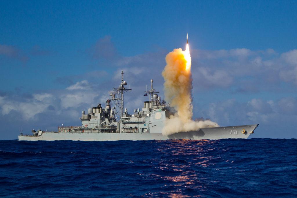 Aegis Ballistic Missile Defense System 1024x683 일본의 이지스함 내부공개! 탄도미사일 요격 시험과 PAC 3