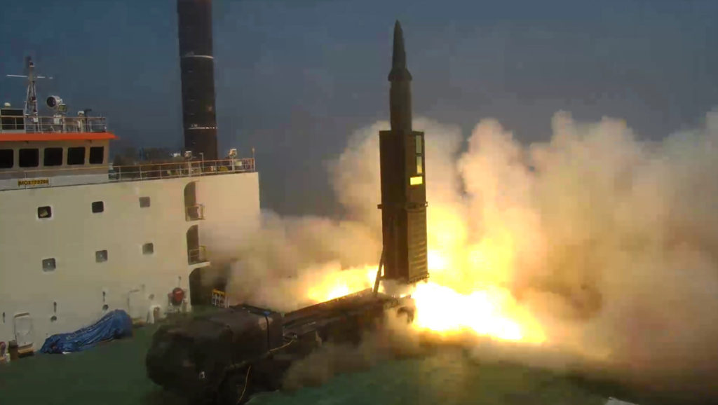 hyunmoo 2 ballistic missiles 1024x578 문재인 대통령, 현무 2 탄도미사일 시험발사 참관 대북 경고