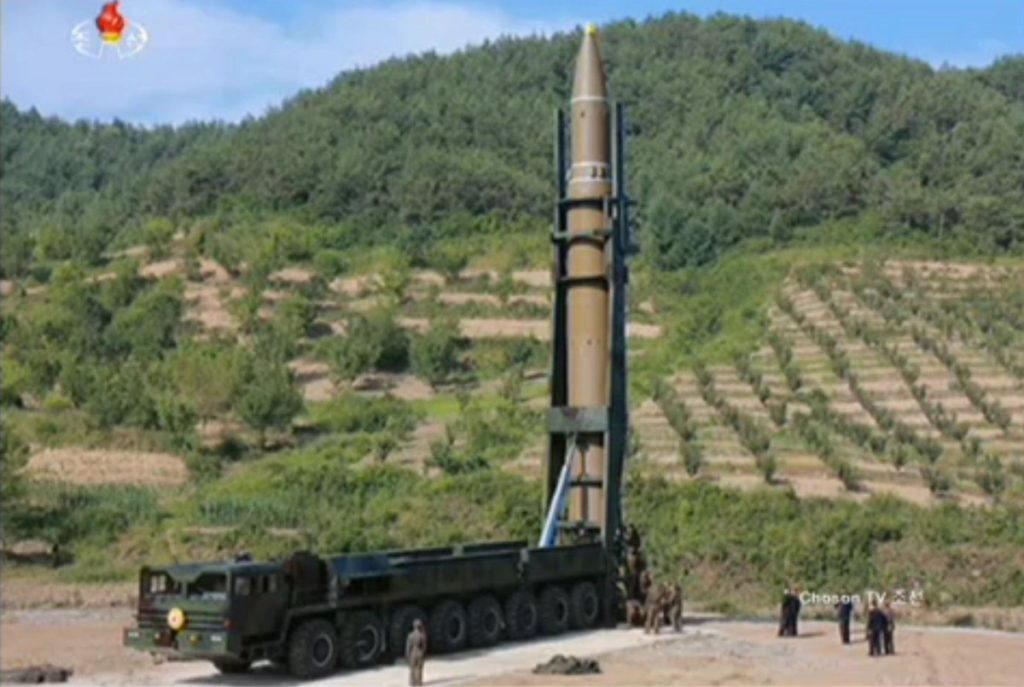 북한 ICBM 대륙간 탄도미사일 화성14호 1024x687 북한 ICBM 대륙간 탄도미사일 발사! 일본 자위대 수색 검토
