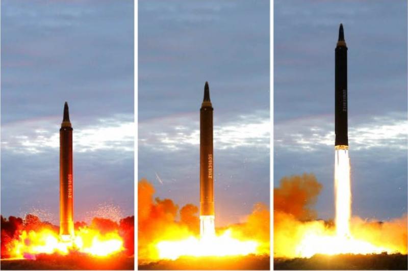 misile 북한 화성 12형 탄도미사일 발사 영상 공개! 트럼프의 언동 주시