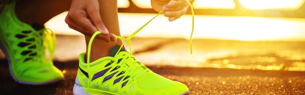 running shoes 1024x320 스포츠 브랜드 운동화 비교 및 선택시 주의사항