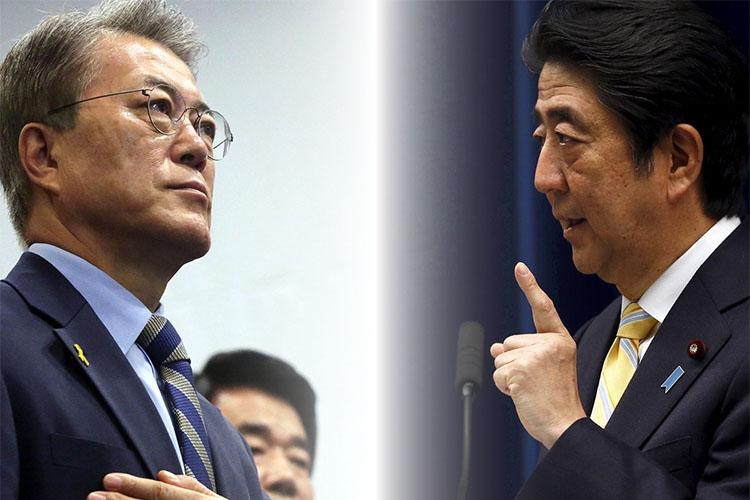 문재인 대통령과 아베총리 문 대통령 위안부합의 조사결과에 무거운 마음! 일본언론과 시민들 반응