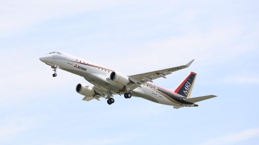 일본제트여객기 MRJ 미츠비시 항공기 비행 1024x576 일본 미쓰비시 제트여객기 MRJ 납기 지연으로 시험기 추가투입