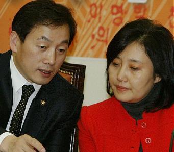 정봉주 박영선 커플 박영선 의원 쥐잡이 특공대 이명박 구속 촛불집회 영상