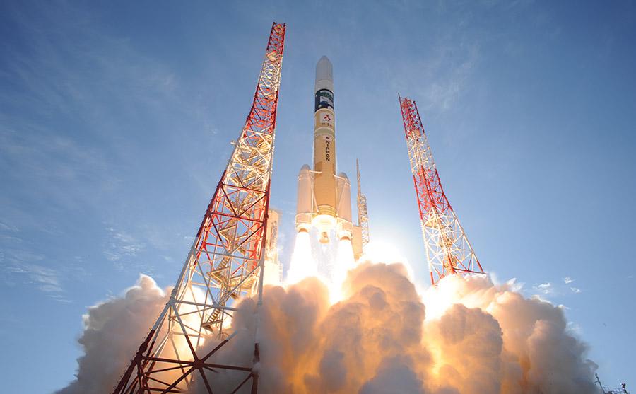 H2A 일본 위성 2기 탑재 H2A 로켓 발사 성공! 초저궤도 위성기술 시험