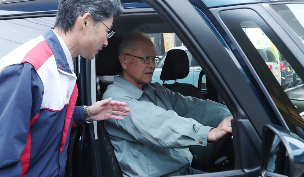 고령운전자 교통사고 1024x597 고령운전자 운전면허 자진반납 25만명으로 최다