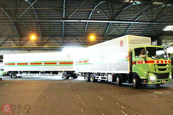 25m 대형화물차 일본 화물차 운전기사 부족으로 더블연결 트럭 도입 확대