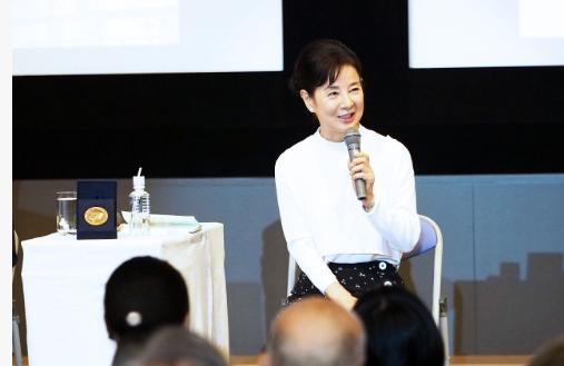 요시나가 사유리 핵폐기운동 여배우 요시나가 사유리, 일본도 핵무기 금지조약에 동참해야..