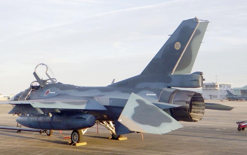 전투기 접촉사고 1024x642 일본 자위대 F2 전투기 비행훈련중 접촉사고