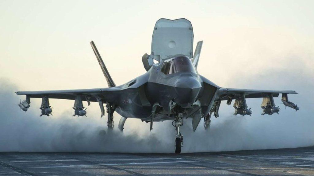 f35b 1024x576 일본의 군비증강! F 35 스텔스전투기 100대 추가 도입