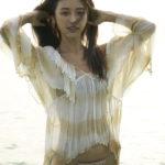 kaji hitomi01 150x150 완벽한 몸매의 미녀가수, 카지 히토미의 커버곡 감상