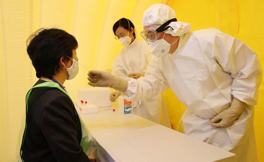 도쿄 코로나19 임시검사소 도쿄 치요다구 야외 코로나바이러스 임시검사소 설치